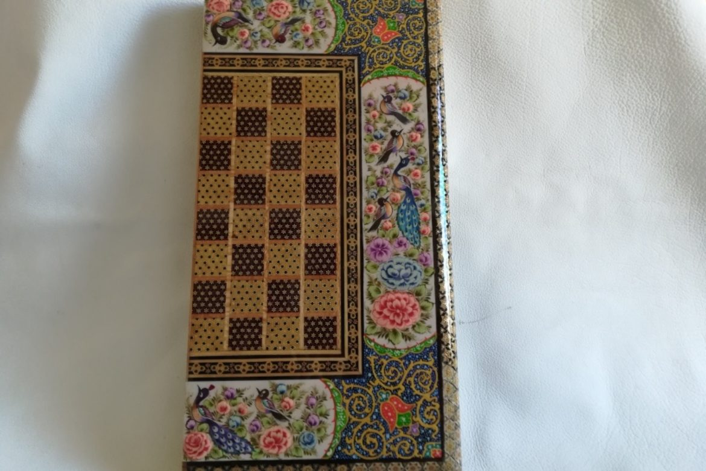 Galerie Shirazi_Pau_Backgammon_échecs_BJ1.2