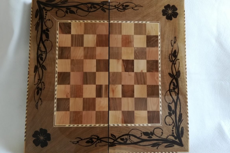 Galerie Shirazi_Pau_Backgammon_échecs_Bahram.2