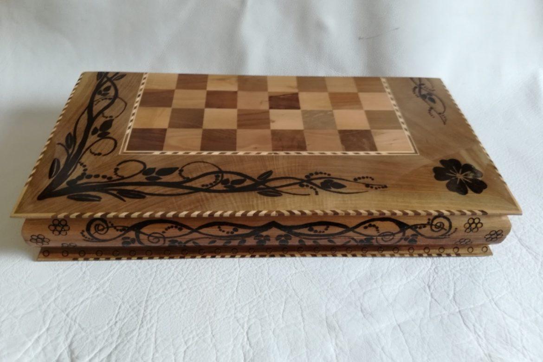 Galerie Shirazi_Pau_Backgammon_échecs_Bahram.4