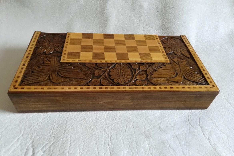 Galerie Shirazi_Pau_Backgammon_échecs_Khorshid.4