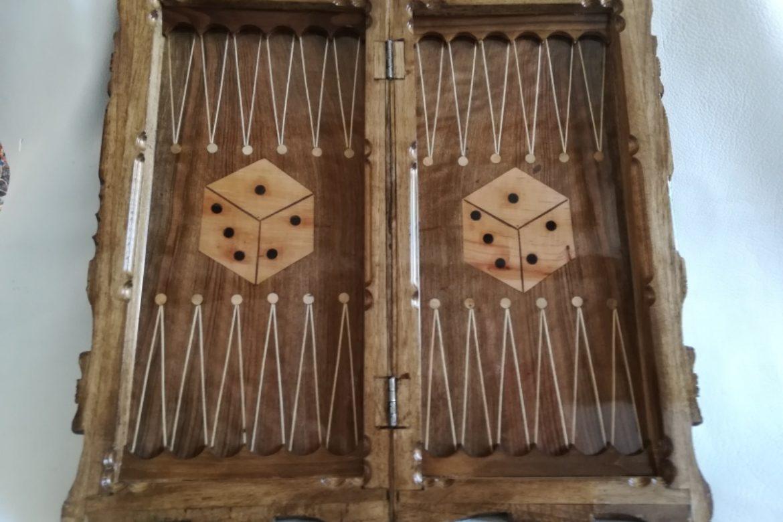 Galerie Shirazi_Pau_Backgammon_échecs_Mah