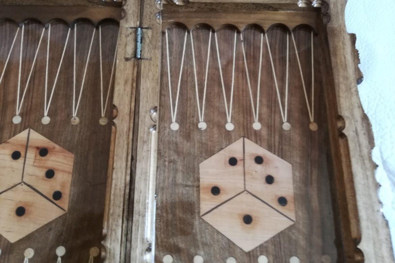 Galerie Shirazi_Pau_Backgammon_échecs_Mah.2